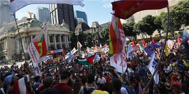 巴西大罢工继续